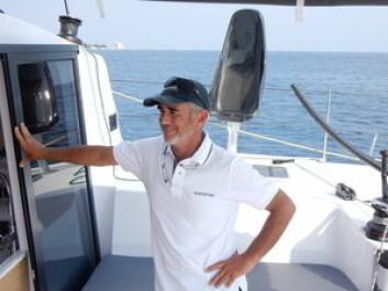 MR. MULTIHULL: Loick Peyron er engasjert av Outremer. Han var skipper på trimaranen som holder verdensrekorden rundt jorda. Nå jobber han også for America\'s Cup-laget Artemis.