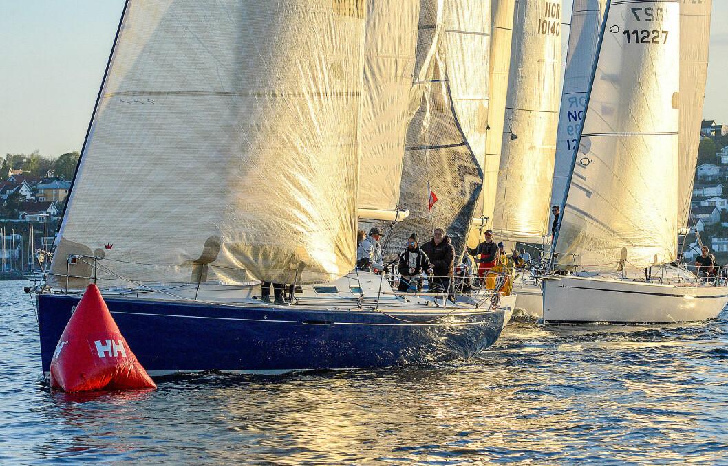 TETT: Det blir enda tettere under starten i årets SkagenRace når 250 båter seiler ut fra Åsgårdstrand.