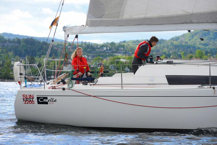 ALENE: Eira Naustvik seiler solo til Skagen, og kan vente seg en tøff seilas.