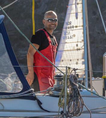 SEILER: Christer Lie har erfaringer med mye vind med sin båt, og snur om det blir problemer.