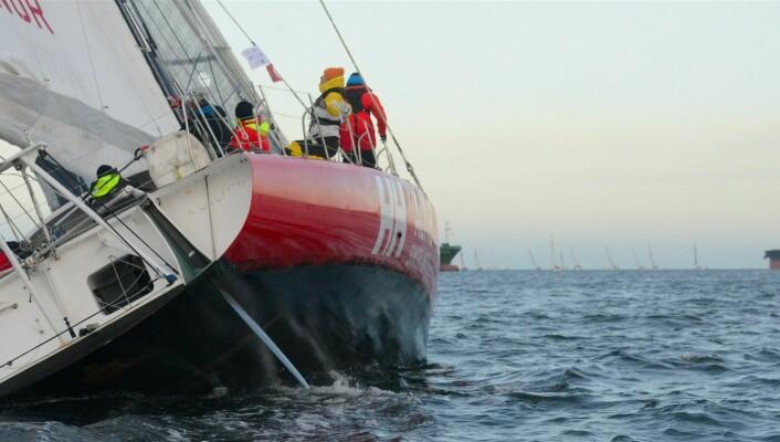 RASK: «Galactic Viking» skulle nok hatt rommere vind for å få ut sitt potensiale. Båten holder en fart på 9,4 knop, og ligger et godt stykke bak «ProxFlyer»