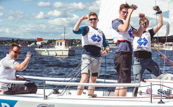 OVERRASKET: Ålesunds Seilforenings lag var eliteserie-premierens største positive overraskelse. Som nyopprykket lag seilte de seg rett inn på andreplass.