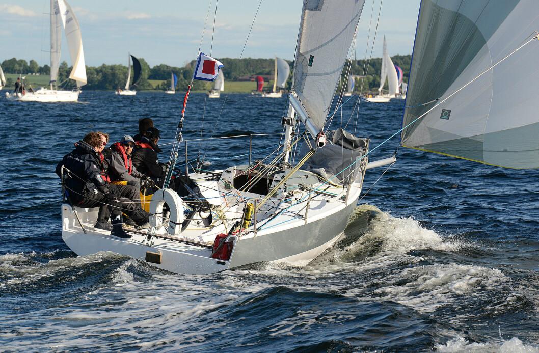 2014: «Sailfish» med gunstige vindforhold under Færder'n i 2014.