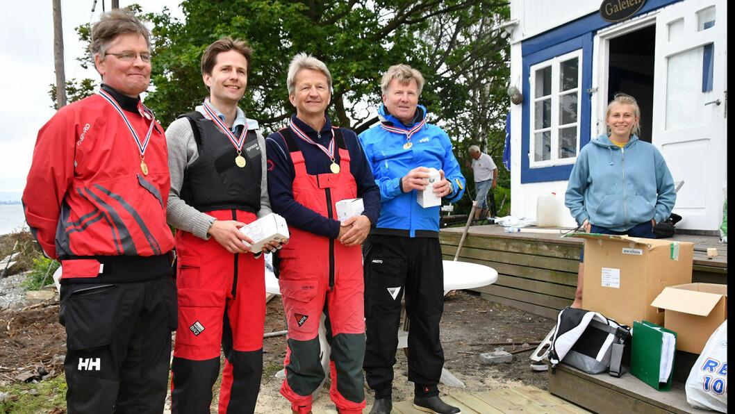 I SÆRKLASSE: Fornøyde NM-vinnere i særklasse. Fra venstre Audun Haldorsen, Johan Christian K. Hvide, Johan G. Hvide og Geir Bjarne Myre.