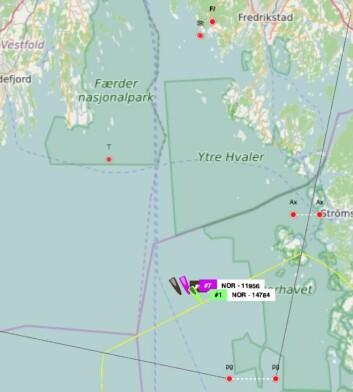 TRACKING: Båtene ligger vest av Koster kl 16:00.
