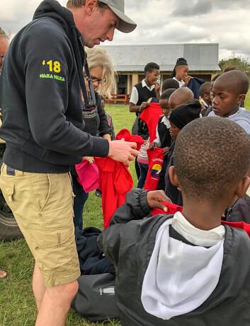 I SØR-AFRIKA: VassholmenSommerleir besøkte Lujilo MissionSchool.