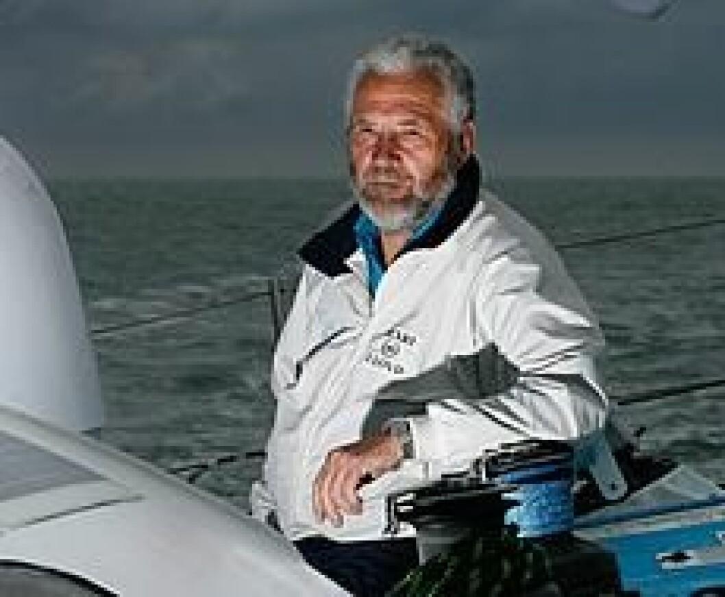 Sir Robin tilbake til Fremantle med autopilotproblemer