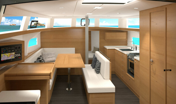 INTERIØR: Ovni 400 kan leveres i tre ulike treslag. Overbygget gir panoramautsikt.
