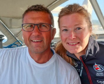 SEILTUR: Pål og Valborg Stiansen er på seiltur nordover langs norskekysten. Paret seiler også regatta sammen, bildet er tatt i forbindelse med 2Star.