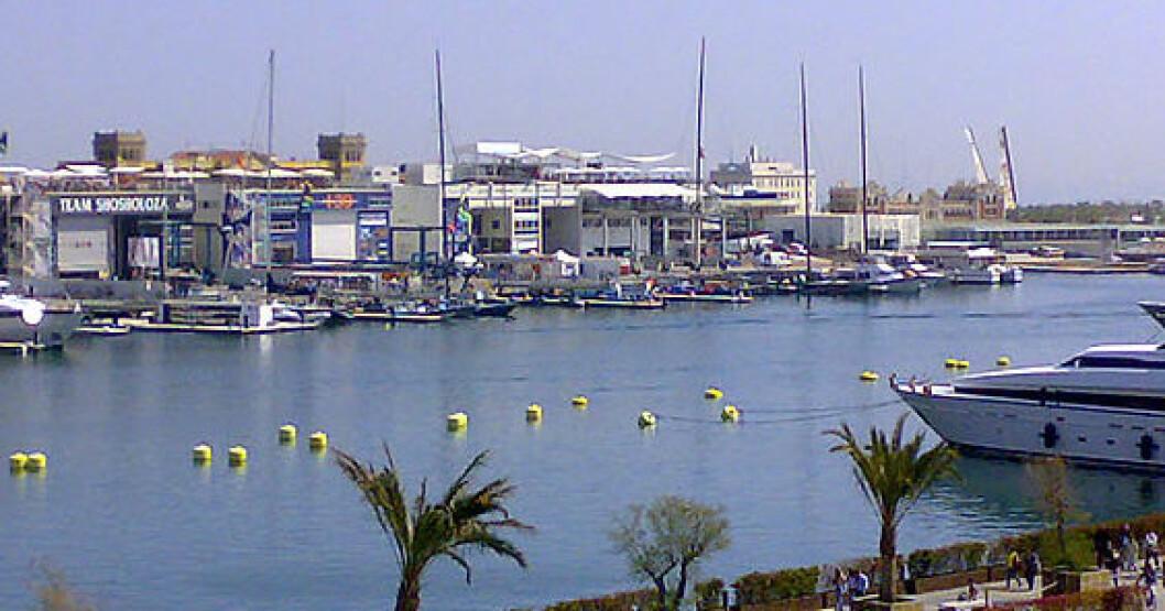 Vindstille trykker i Valencia