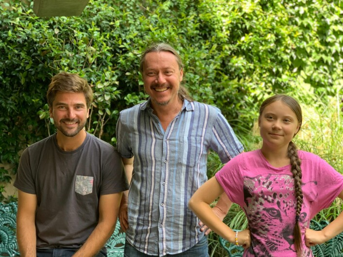 Greta og Svante møter Boris Herrmann (Team Malizia) i Paris i sommer.