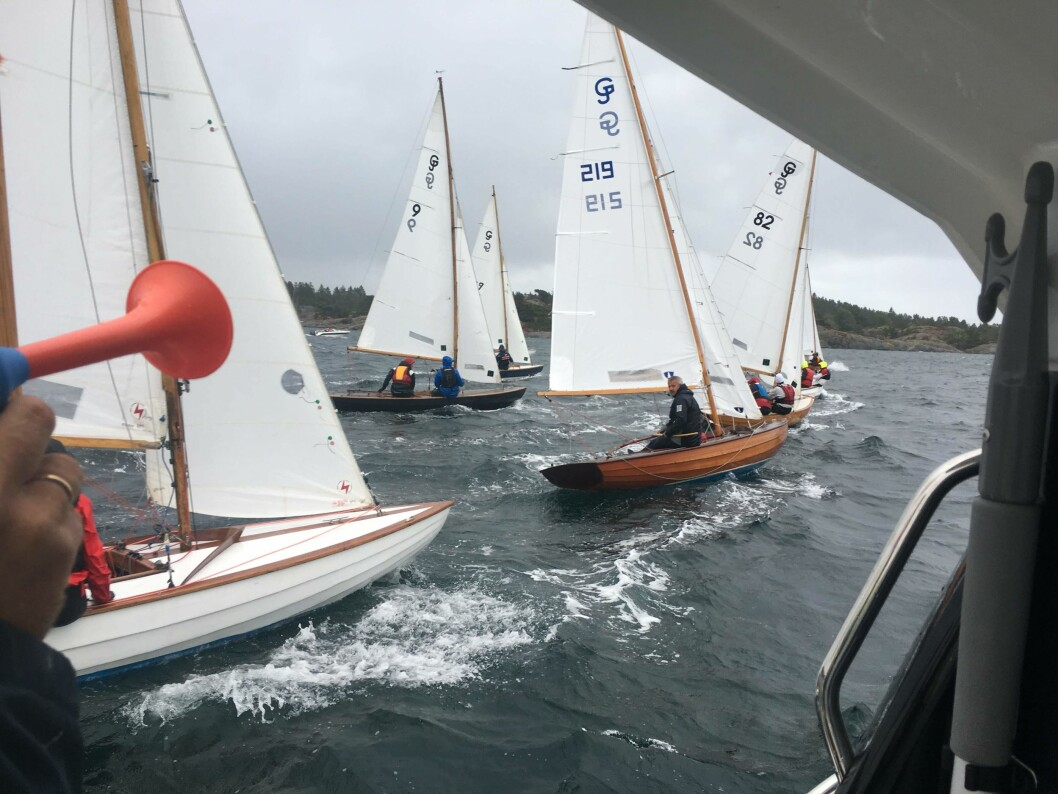 ETTERLYSNING:  Grimstad Seilforening ønsker både båter og seilere til NM 10.-11. august.