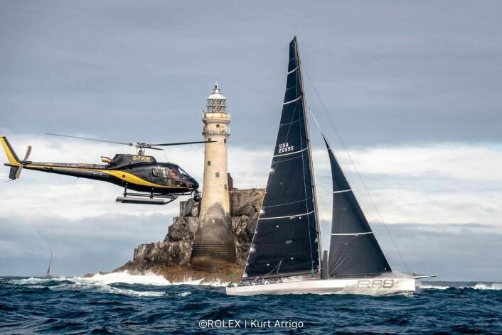 REKORD: «Rambler 88» satte ny rekord til Fastnet Rock, og ser ut til å bli den raskeste enskrogsbåten.