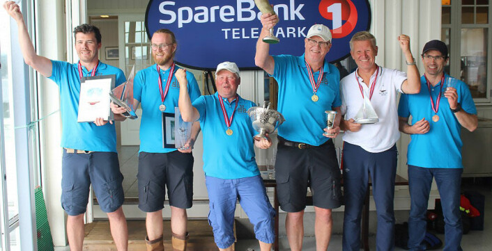 MEDALJENE: Fra venstre Sondre Børresen, Herman Persen Fostvedt, Runar Borge, Pål Persen, Jørn Pettersen og Roymond Johnsen som utgjorde årets seierspall i BB 11-NM.