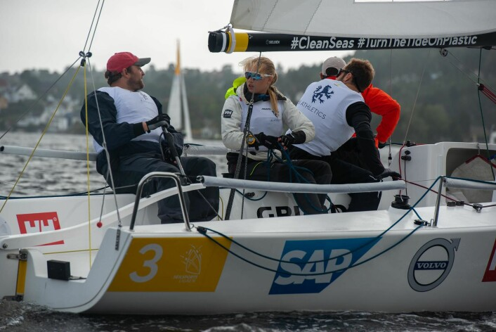 STUDENTER: BI-studentene kom på 3. plass i Arendal og ligger nå an til å få seile Sailing Champions League i 2020.