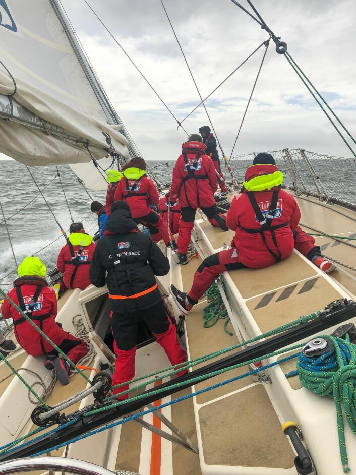 AMATØRENESVOLVOOCEANRACE:Det er ingen krav om seilerfaring i Clipper Race, men alle deltagerne må gjennom fire ukers trening før regattaen. Deltagerne utgjør mannskapet og utfører alle jobber om bord.