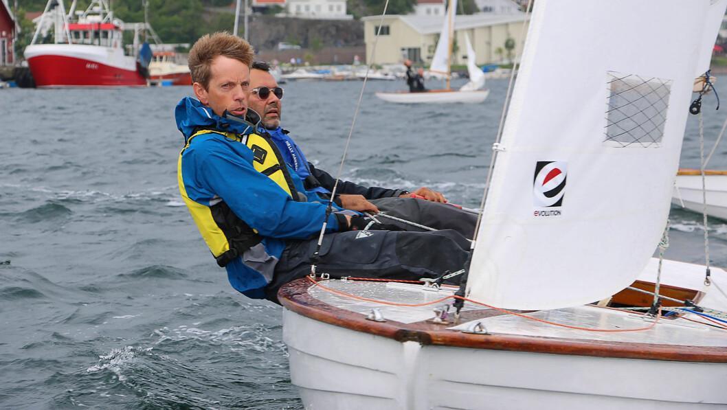 MOT OL: Vidar Ljungstrøm og Georgios Nikoltsis har kvalifisert seg til mesternes mester ved å vinne NM i Grimstadjolle.