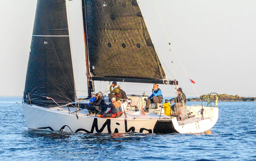 MIKA: Med sin «Mika» har Harald og Christine Walder (og ikke med så mye folk om bord) seilt inn mange poeng for Bærum Seilforening.