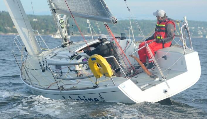 PÅ NESODDEN: Yngve Lønmo seiler sammen med sin far, Asbjørn, i North Sails Nesodden Høstcup der han skal forsøke å sikre seg nok poeng til å bli Årets Shorthanded-seiler.