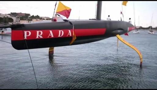 «Luna Rossa» på vannet i går