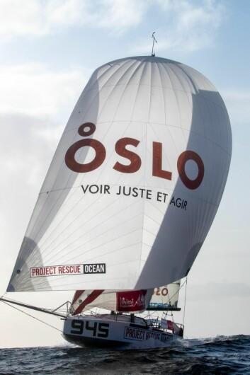 FAVORITT: Axel Trehin seiler med «Oslo» i seilet, navnet på et fransk IT-selskap.