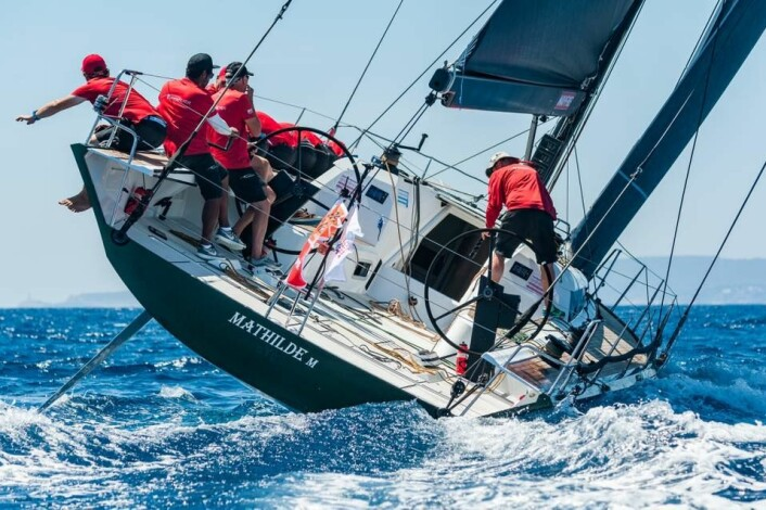SVEITS: Morten Kiellands ClubSwan 50 «Mathilde» har mange norske seilere om bord.