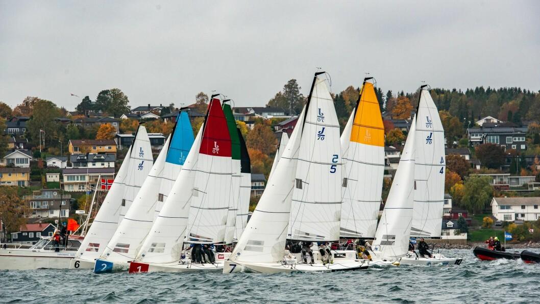 29 LAG: Gjennom heat-seiling med 10 og 10 båter skal 29 lag kjempe om tittelen «Mesternes mester» og kongepokalen 11. og 12. oktober i Åsgårdstrand.