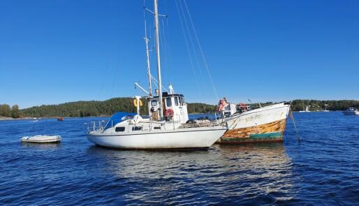 Fjerner båtvrak før vinteren