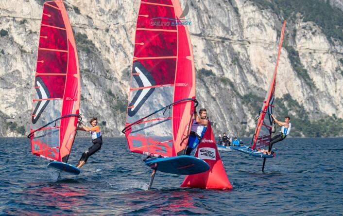 RASK: Foiling vil gjøre windsurfing mer interessant som OL-gren.