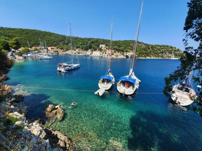 Middelhavet: Farvannsbeskrivelse og tips om havner i Adriaterhavet, Det joniske hav og Egeerhavet.