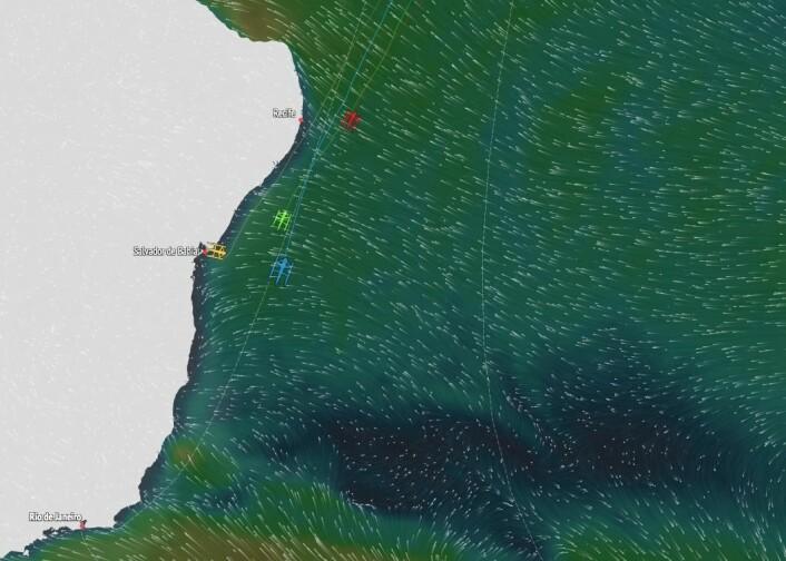 BRASIL: Trimaranene er utenfor kysten av Brasil, og legger kursen østover etter p ha vært innom Rio.