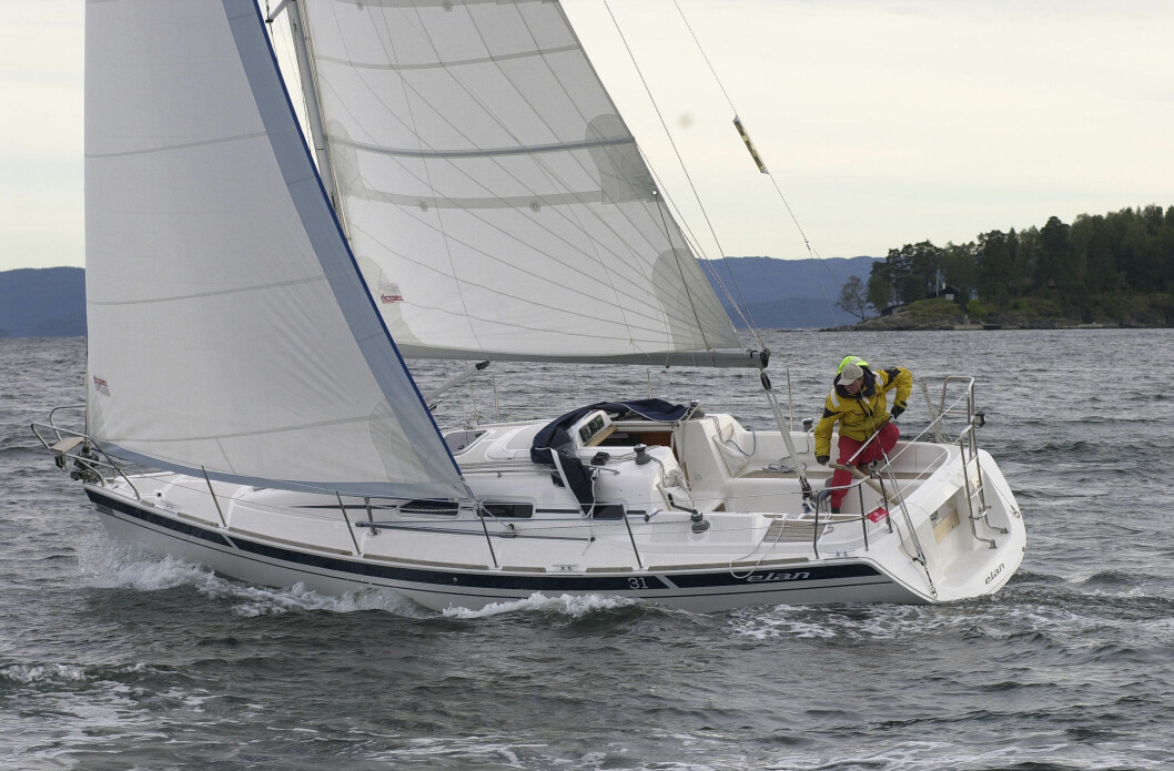 RASK: Elan 31 har relativt godt med seil i forhold til vannlinjelengden, men er ingen ekstremt lettdreven båt på grunn av sin tyngde.