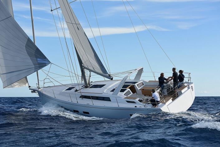 Luksuriøse båter: Grand Soleil 42LC.