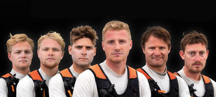 SAILGP: Hans-Christian Rosendahl, Lars-Peter Rosendahl, Tom Johnson, Nicolai Sehested, Rasmus Køstner, Martin Kirkerterp utgjør det danske laget.