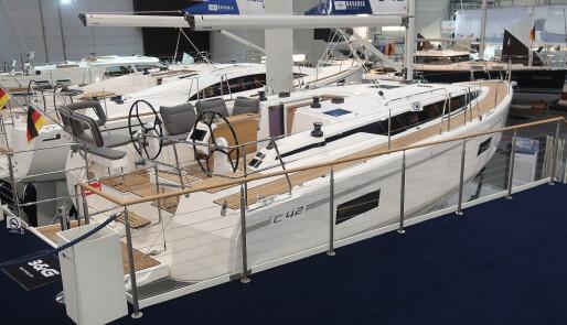 Bavaria med båt for Norge