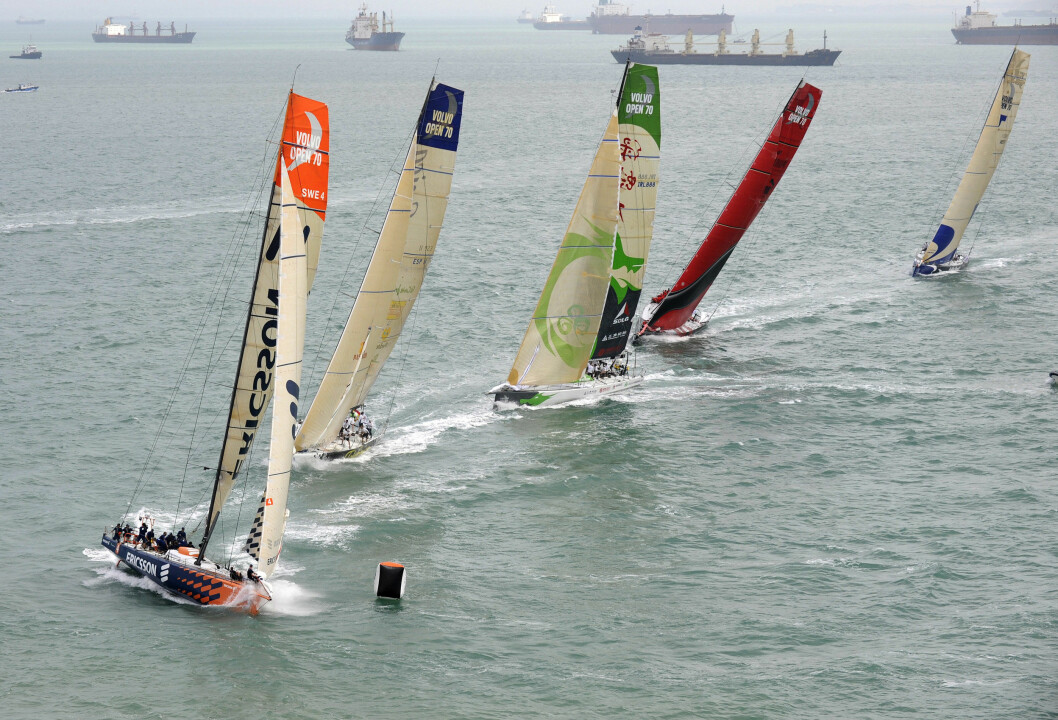 For EDITORIAL USE only, please credit: Rick Tomlinson/Volvo Ocean RaceThe fleet of Volvo Open 70's battle around the short course during the Singapore In-Port Racing. The second in the series of seven in-port race events, the results of which count ...