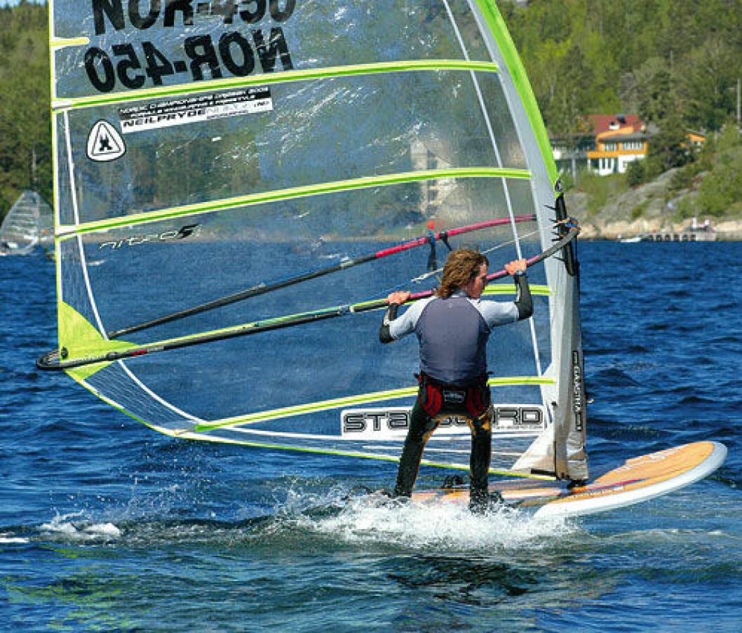 Flere båter trengs til NM i Formula brett