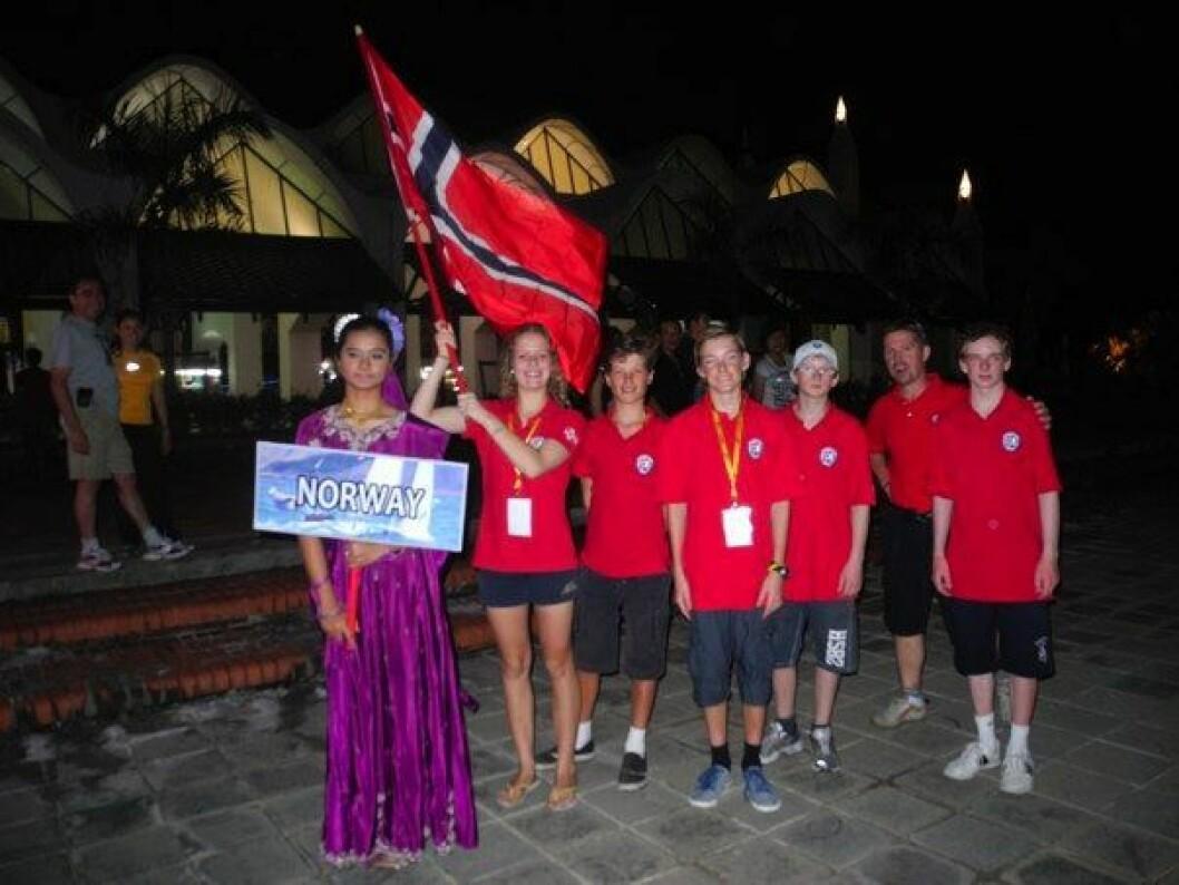 Opp og ned for norske Optimistjolleseilere