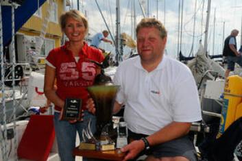 POKALER: Anne og Arild Heldal er vant til å samle inn priser under Bohusracet i Sverige.