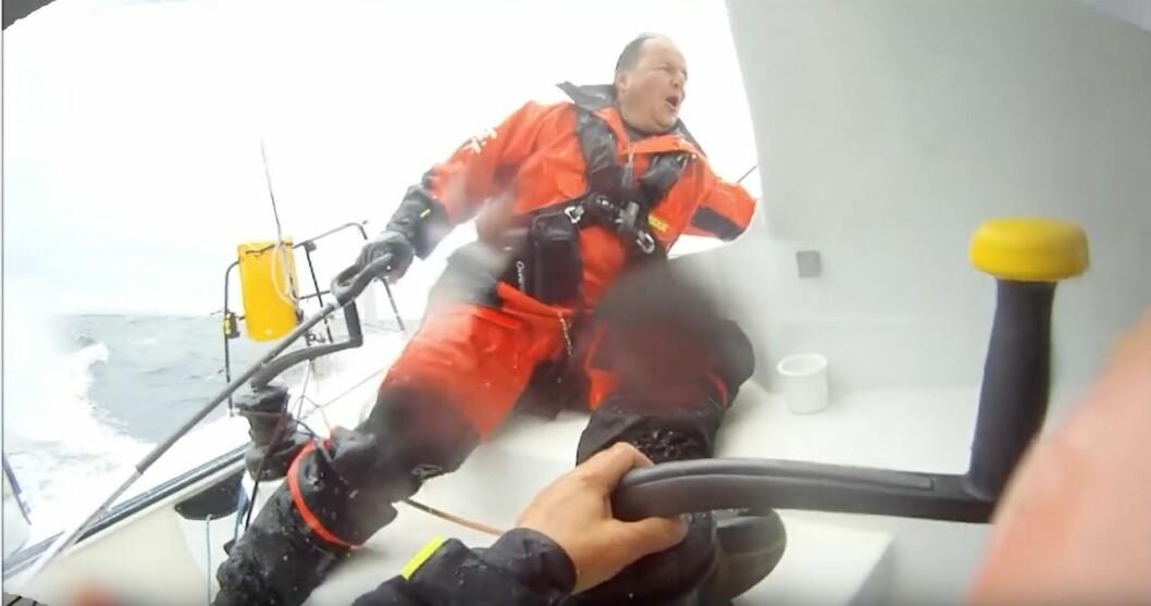VÅTT: Rune Aasberg fikk smake på Nordsjøen på etappen til Shetland.