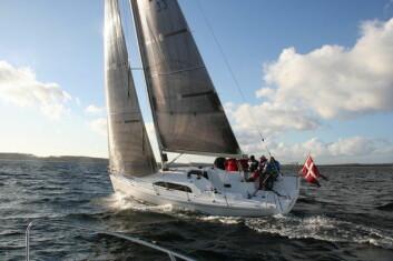X: Xp 33 er en sporty båt egnet for shorthandseiling. Nå blir den utfordret fra Tyskland og Sverige.