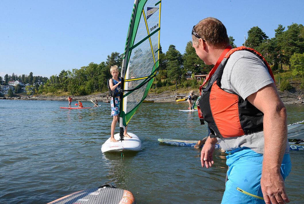 FERSK: Under Seilsportens dag får alle prøve seg etter dyktig instruksjon.
