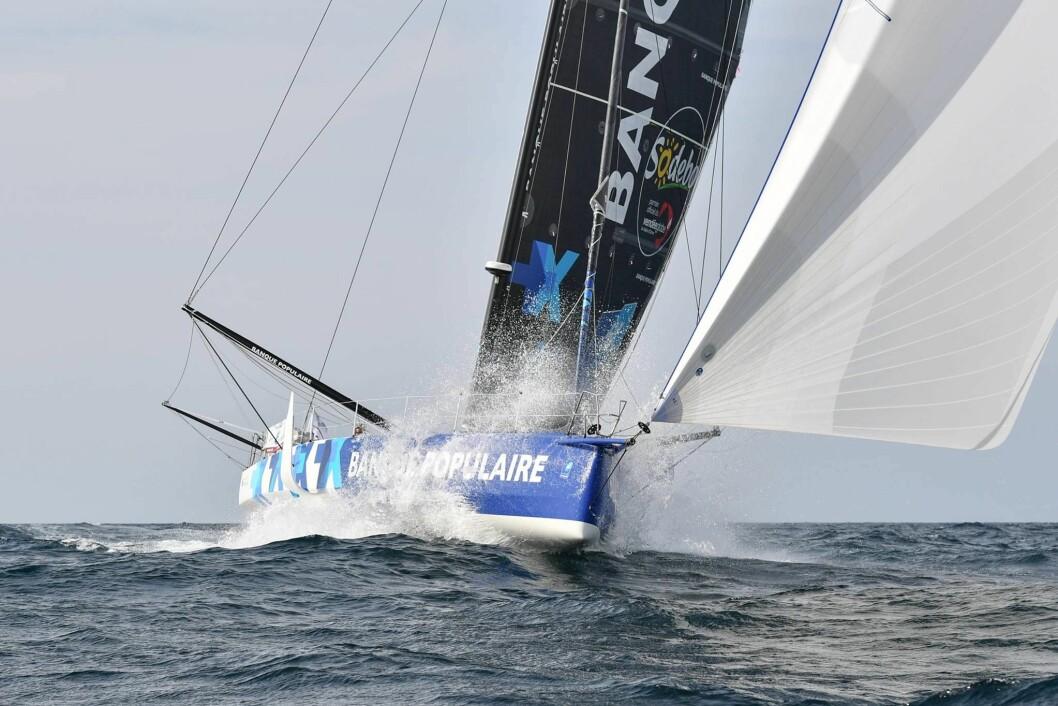 FOILER: Armel Le Cléac'h med «Banque Populaire VIII» er en av deltagerne med foiler.