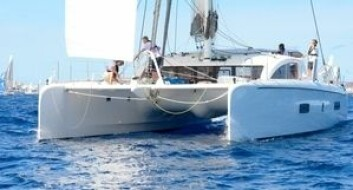 KATAMARAN: Knut Frostad mener at fremtiden er båter med to skrog. Han har kjøpt en Outremer 5x, bygget i Frankrike.