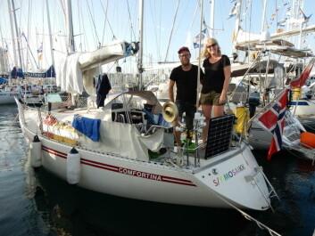 KLARE: Jakob Slettevold og Eirin Bråten Nygård klare for avreise.