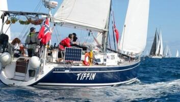 SNUDDE: «Tiffin» måtte snu på grunn av en skade på innfestningen av riggen under dekk.