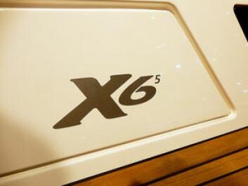 TALL: X-Yachts har lagt på et siffer til i modellnavnet. Markedt vil vite båtens størrelse, som er 65 fot. X4 har fått på et 3-tall.