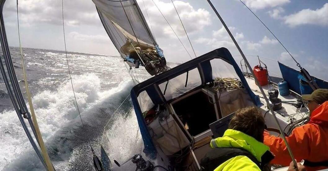 TØFT: Raymond Myhre fra Fredrikstad har tatt den lange turen for å krysse Nordsjøen i januar.