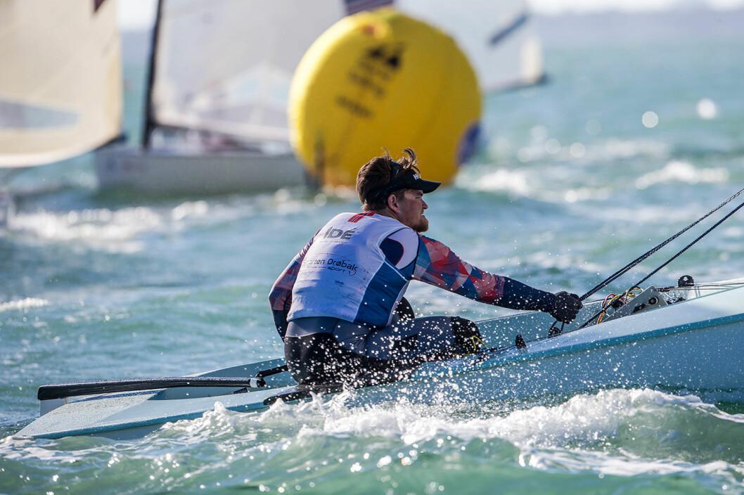 MEDALJESJANSE: Anders Pedersen er i utfordrerposisjon før medaljefinalen. Han ligger på 3. plass.