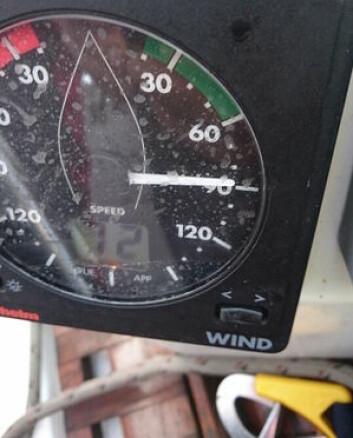 ORKAN: Raymond Myhre fikk mer vind lengre sør i Nordsjøen. Hans vindmåler makset på 72 knop.